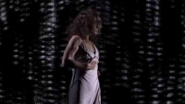 VIDEO: Vārdiem neaprakstāma deja lietū! Neko tādu neviens nebija gaidījis! (Freckled Sky: Howard Stern Hits Golden Buzzer for Dance Duo – America's Got Talent 2015!)