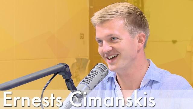 VIDEO: Latvijas balsu parodiju meistars Ernests. Nedaudz par sevi! (Ciemos jaunākā YouTube sensācija – Ernests, kam sanāk runāt svešās balsīs)