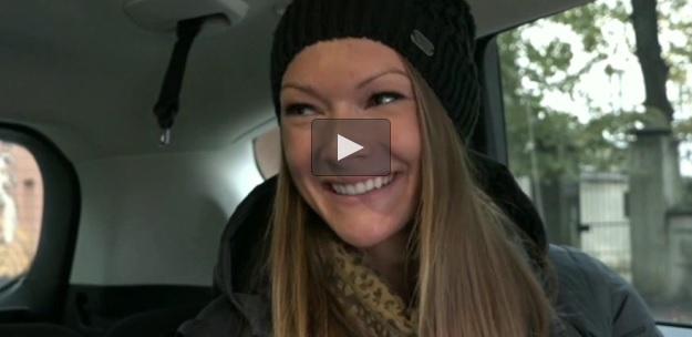VIDEO: Operators netīšām noskaidro…, cik bieži sekss ir skaistajai Laurai Ikauniecei-Admidiņai!