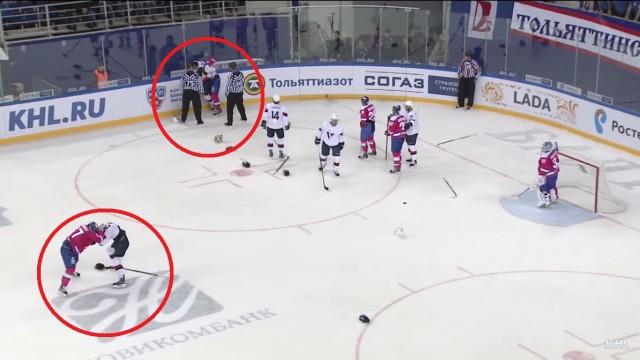 """VIDEO: """"Lada"""" hokejisti aizstāv Edgaru Masaļski un pamatīgi izkaujas masu kautiņā uz ledus!"""