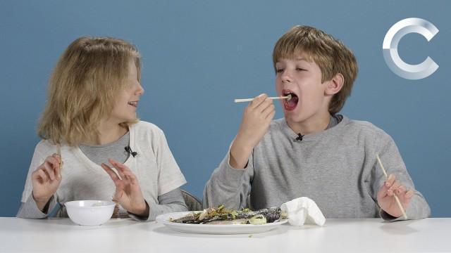 VIDEO: Amerikāņu bērni degustē citu valstu klasiskās pusdienu maltītes!