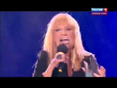 """VIDEO: Pugačovas """"Jaunajā vilnī"""" izpildītā dziesma nākamajā dienā pazūd no Krievijas interneta."""