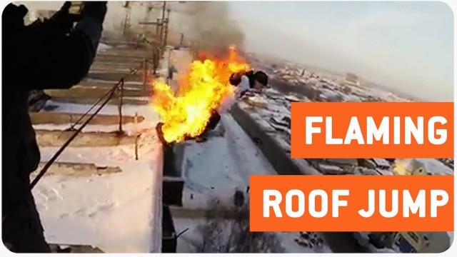 VIDEO: Jauniešu izklaides Krievijā! Aizdedzināt sevi un lēkt no 9.stāvu mājas sniega kupenā!
