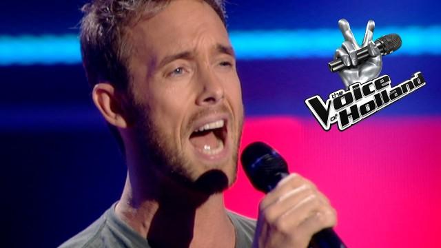 VIDEO: Kad viņš sāka dziedāt, talantu šova žūrija jau pēc 2 sekundēm apgrieza krēslus, lai redzētu dalībnieku!