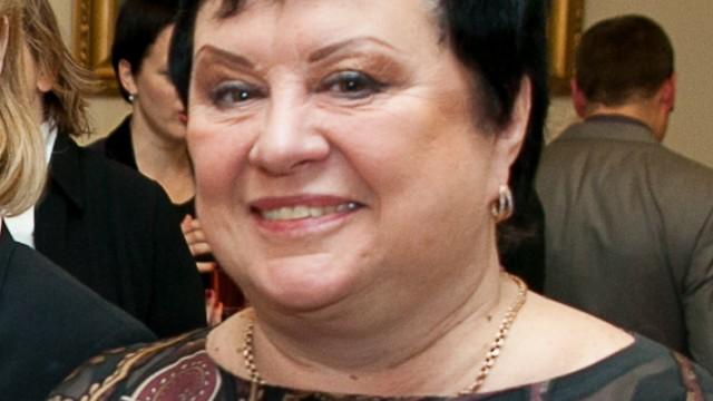 Elita Veidemane skarbi  par skandālu, kad ārsts it kā atteicās runāt ar meiteni viņas dzimtajā – krievu valodā!