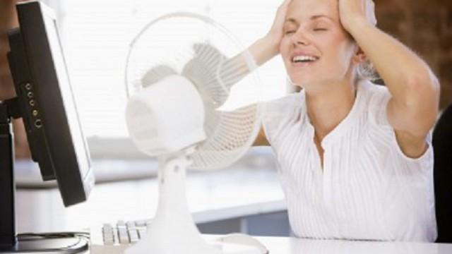 Uzzini, cik karsts drīkst būt TAVĀ darba vietā! Par pārāk lielu karstumu var sūdzēties Valsts darba inspekcijai!