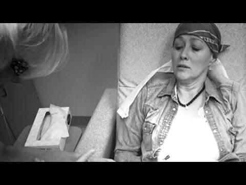 VIDEO: Aktrise Šenona Dohertija publicē foto, kas parāda ķīmijterapijas baismīgo norisi..