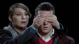 """VIDEO: Valsts policija: """"Vai Tu spēlētu aklās vistiņas ar autovadītāju?"""" .."""