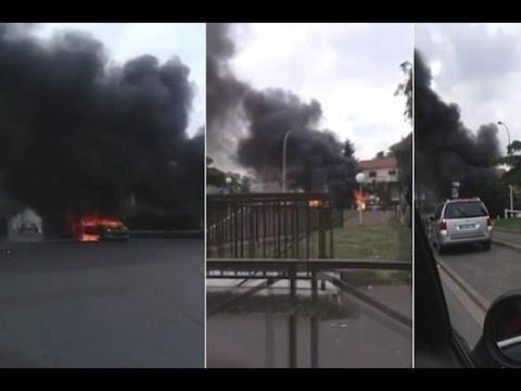 """VIDEO: Francijā 4 policisti patruļas laikā piedzīvojuši šokējošu uzbrukumu ar """"Molotova kokteiļiem""""!"""