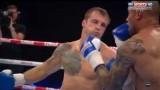 VIDEO: Mairis Briedis trešajā raundā sakauj savu pretinieku britu Saimonu Valiliju!