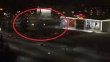 VIDEO: Rīgas centra lielveikala stāvlaukums naktī pārvēršas par… DRIFTA TRASI!