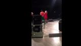 VIDEO: Kā Lienei Šomasei Daugavpilī mīļi palūdza pamest skatuvi!