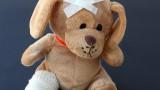 VIDEO: 30 minūtes un trīsgadīgā meitenīte nomirtu jeb Bērnu slimnīcā novēloti operē apendicītu! Atkal.