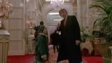 """VIDEO: Jaunais ASV prezidents filmējies """"Viens pats mājās 2: Apmaldījies Ņujorkā"""" un ne tikai.."""