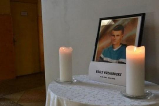 Policija atklāj jaunu informāciju nežēlīgi nogalinātā pusaudža Egila lietā