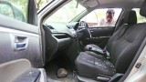 UZMANIES! Rīgā pie DEPO veikala zagļi auto dur riepas un vēlāk sagaida uz ceļa…