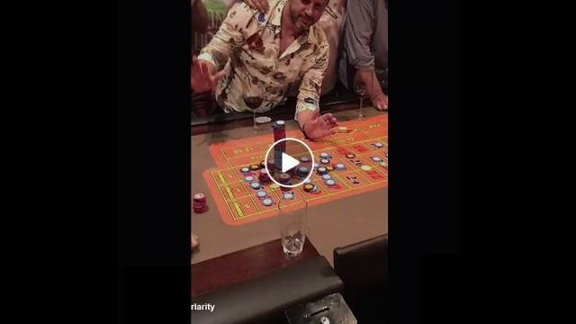 VIDEO: Tas brīdis, kad kazino ruletē uz ciparu uzliec 100 000 $ un vari vinnēt 3,5 $ MILJONUS!