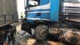 FOTO: Uzmanies! Bloķēta satiksme! Uz Rīgas apvadceļa pie krustojuma Ulbroka – Tīnūži smaga avārija!
