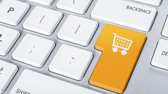 VIDEO: Uzmanies! Pasūtot preces internetā, var nonākt pat CIETUMĀ! Kāpēc tā?