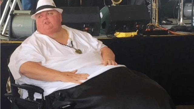 """VIDEO: 15 gadus ārsti nenogurdami apgalvoja: """"Tu vienkārši esi resns!"""", bet Rodžers juta, ka tā nav.."""