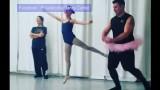 VIDEO: Bārdaini, tetovēti tēvi + balets = laimīgi bērni. Smiekli garantēti!