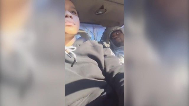 VIDEO: Vājprāts! Facebook video tiešraides laikā nogalina 2 gadīgu mazuli un vēderā sašauj grūtnieci!