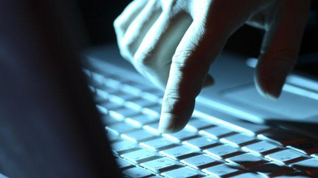 Šokējoši! Uzņēmums no Latvijas interneta noziedzniekiem pārskaita vairāk, kā 1 000 000 $!