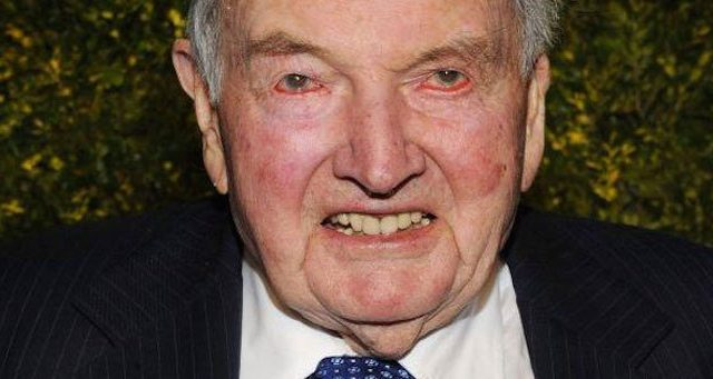 Šodien 101 gada vecumā miris viens no pasaules bagātākajiem cilvēkiem – miljardieris Deivids Rokfellers.