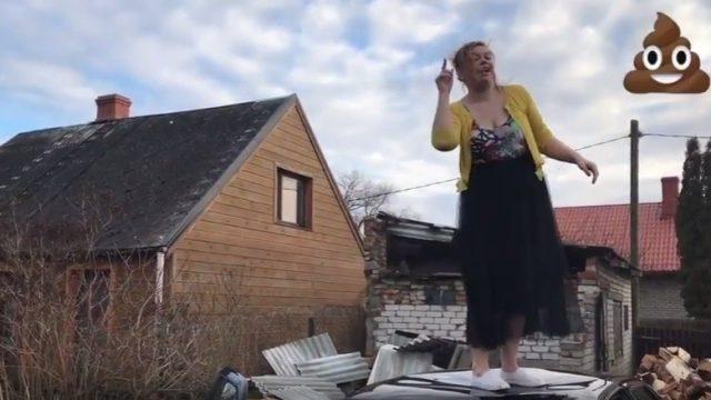 """VIDEO: Meiteni izveido lipīgu parodiju Neida """"REŽ"""" – """"Neid, tava dziesma ir sū**!"""""""