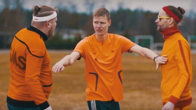 VIDEO: Noskaties! Ļoti kolorīts apsveikums Lieldienās no kādas Latvijas alusdarītavas!