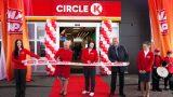 """FOTO: Latvijā oficiāli atklāta pirmā """"Circle K"""" degvielas uzpildes stacija """"Statoil"""" vietā!"""