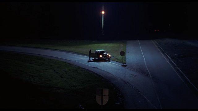 Braucot naktī mājup no Valmieras, sievietei kļūst slikti… Svešinieka rīcība aizkustina līdz asarām!