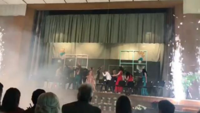 VIDEO: Lēdurgas 9.klases izlaidums ir episks! Priekšnesums, kuru ir vērts noskatīties!