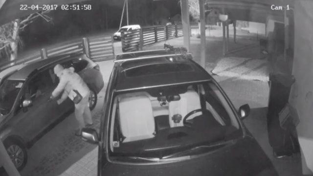 """Aculiecinieka VIDEO: Auto ar """"keyless go"""" nozog pāris… SEKUNDĒS! Kā pasargāt savu auto?"""