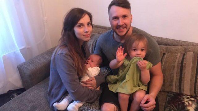 Jaunākās ziņas par divu meitiņu mammas Vijas Amosovas atveseļošanās gaitu!