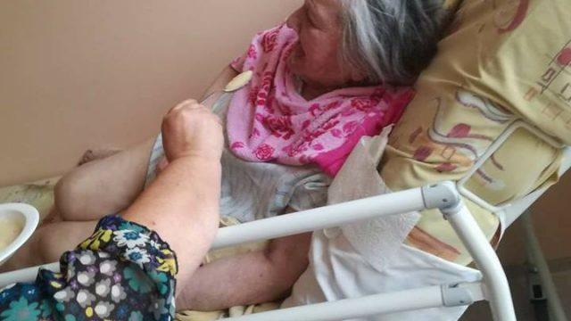 """""""Ātrie"""" atsakās vecu sievieti vest uz slimnīcu, izrādās, ka viņai infarkts, sirds, nieru mazspēja!"""