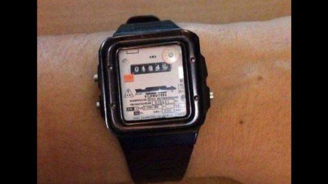 FOTO: Vai VID drīzumā ieviesīs pulksteņus, kuri uzskaitīs asinsriti un arī par to būs jāmaksā nodokļi?