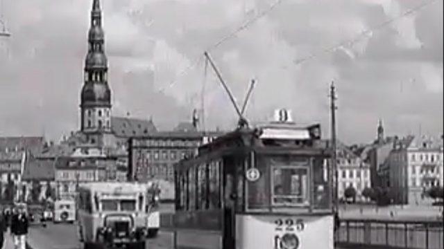 VIDEO: Unikāli kadri! Lūk, kā izskatījās Rīga un tās iedzīvotāji pirms kara, 1937. gadā!