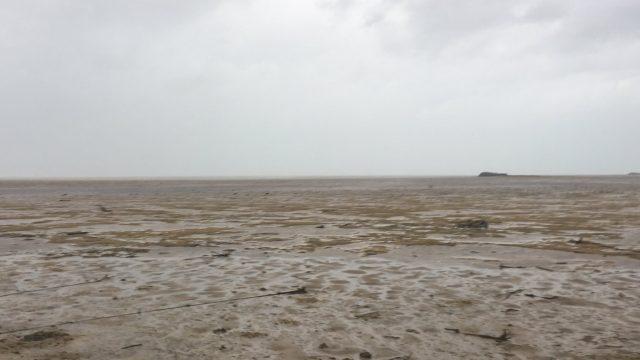 """VIDEO: Acīm neticami skati – pēc viesuļvētras """"Irma"""" Bahamu salās no okeāna pazudis ūdens!"""