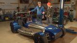 """VIDEO: Raidījums Zebra: """"Lūk, garšīgs stāsts par latvieti, kas būvē sporta mašīnas!"""""""