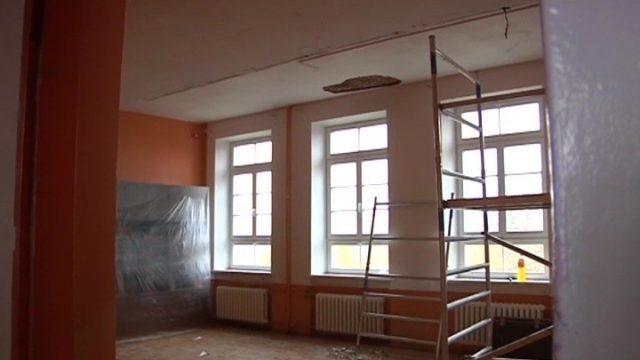 VIDEO: Tikai laimīga sagadīšanās paglābj skolniekus no traģēdijas Rīgas skolā!