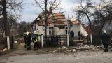 VIDEO: Valmierā šorīt noticis pamatīgs sprādziens – sprādzienā cietusi dzīvojamā ēka!