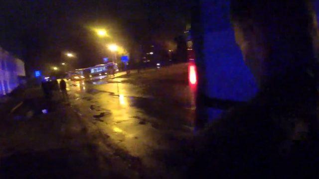 Policijas video: Bolderājā policisti kopā ar karavīriem dzenas pakaļ bēgošam Audi vadītājam!