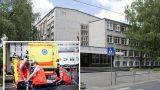 Rīgas skolas skolniece pārdozē; turpat skolas pagalmā tiek reanimēta un nogādāta slimnīcā!