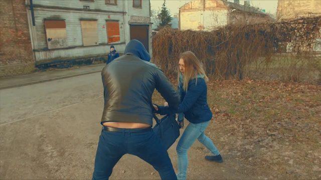 """VIDEO: Rīgas pašvaldības policija ar stilīgu video meklē darbiniekus! Alga no 630 eiro """"uz rokas""""!"""