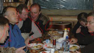FOTO: Žurnālists apgalvo un, viņaprāt, detalizēti pamato to, ka bilde ar Rimšēviču ir rediģēta!