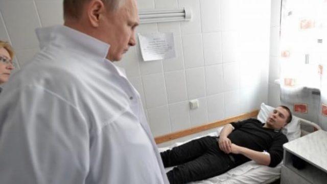 Šis foto pasaulei parādīja Putina nožēlojamo attieksmi pret Kemerovas traģēdiju…