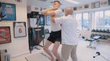 """VIDEO: Tapusi īsfilma """"Atgriešanās"""" par Porziņģa dzīvi pēc traumas un smago ceļu uz atlabšanu!"""