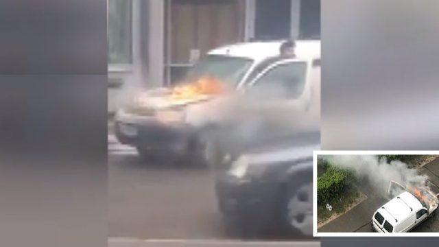 Aculiecinieka VIDEO: Rīgas ielās vīrietis stumj degošu auto, lai no liesmām paglābtu citus!
