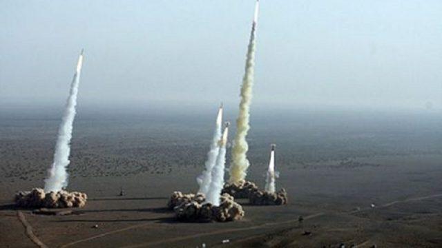 ASV un sabiedrotie devuši raķešu triecienus Sīrijai!
